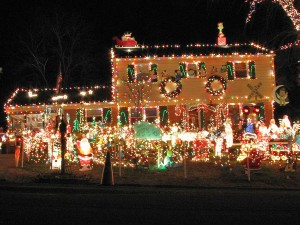 Here Are The Most Over-The-Top Christmas Lawn Decorations